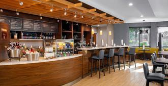 杰克逊维尔295号州际公路/东环城高速万怡酒店 - 杰克逊维尔 - 酒吧