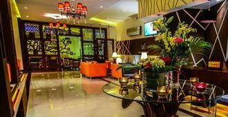 曼努尔酒店 - 安曼 - 大厅