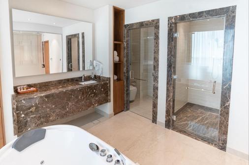多哈世纪大酒店 - 多哈 - 浴室