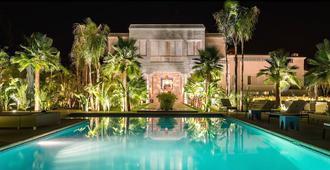 马拉喀什梅森布兰奇酒店 - 马拉喀什 - 游泳池