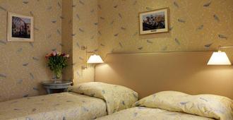 瑞士酒店 - 利沃夫