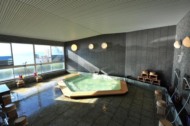 阳之笑温泉青年旅馆 - 热海市