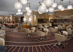 布里斯班雷洁斯南岸酒店 - 布里斯班 - 酒吧