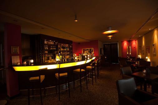 图恩酒店 - 法兰克福 - 酒吧