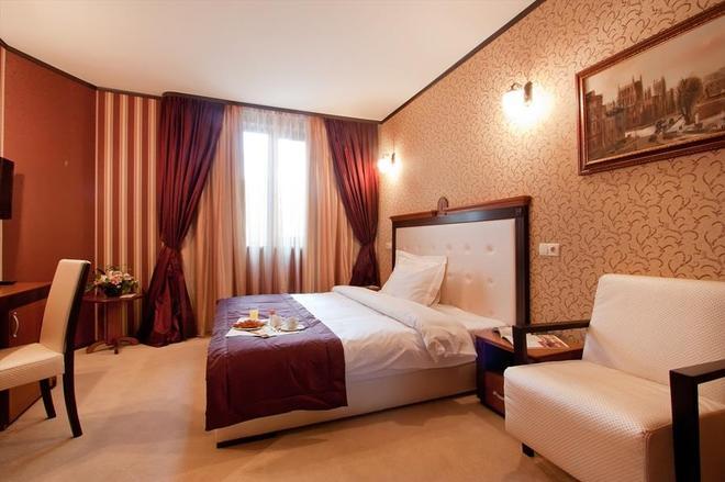 布里斯托尔贝斯特韦斯特酒店 - 索非亚 - 睡房