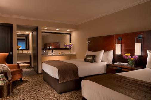 安克雷奇湖滨千禧酒店 - 安克雷奇 - 睡房