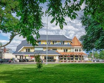 尊贵海滩别墅-BW高级精选系列 - 基洛纳 - 建筑