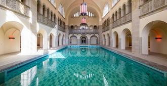 奥德博格酒店 - 柏林 - 游泳池