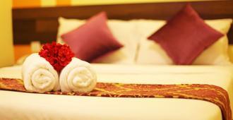 布里克菲尔德中心太阳酒店 - 吉隆坡 - 睡房