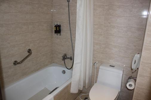 嘉义兆品酒店 - 嘉义市 - 浴室