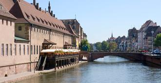 斯特拉斯堡中心小法国美居酒店 - 斯特拉斯堡 - 户外景观