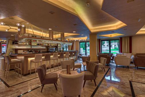 福森贝斯特韦斯特酒店 - 福森 - 酒吧