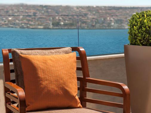 伊斯坦布尔塔克西姆美居酒店 - 伊斯坦布尔 - 酒吧