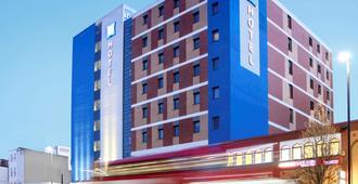 宜必思快捷伦敦白教堂-布里克巷酒店 - 伦敦 - 建筑
