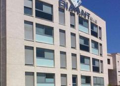 迪曼特蓝色公寓式酒店 - 托雷维耶哈 - 建筑