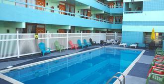 海滨度假村 - 怀尔德伍德 - 游泳池