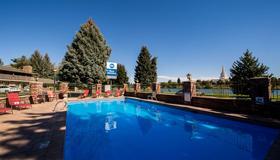 最佳西方流木酒店 - 爱达荷福尔斯 - 游泳池