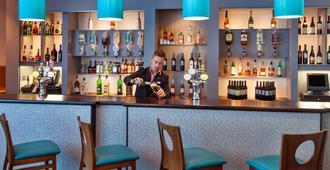 茱莉斯普利茅斯旅馆 - 普里茅斯 - 酒吧