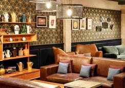 宜必思曼彻斯特中心波特兰街酒店 - 曼彻斯特 - 休息厅