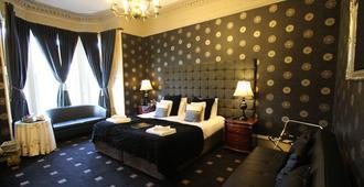 桑黛戈酒店 - 爱丁堡 - 睡房