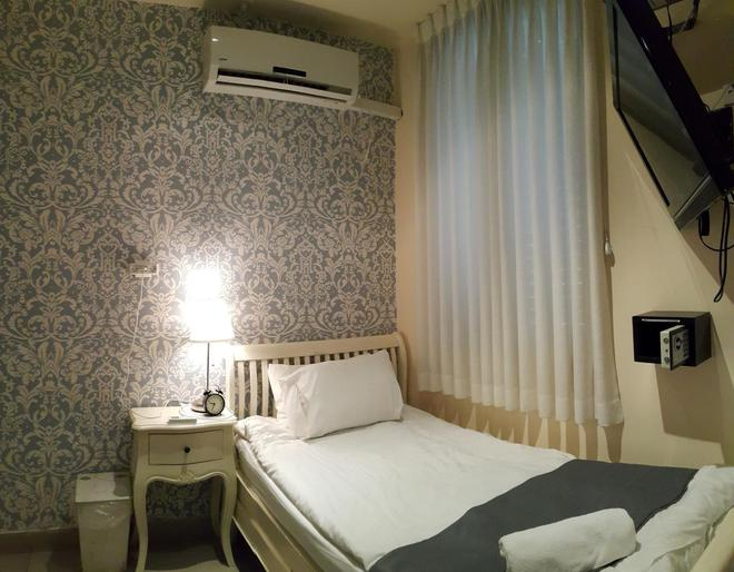 中央酒店 - 特拉维夫 - 睡房