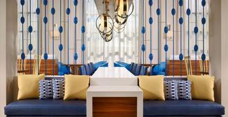 休斯顿盖乐瑞圣淘沙es套房酒店 - 休斯顿 - 休息厅