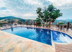 美景旅馆 - 卡皮托利乌 - 游泳池