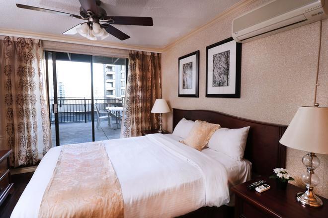 温哥华市中心里维埃拉罗布森套房酒店 - 温哥华 - 睡房