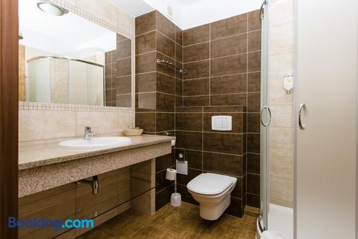 利基帕托克酒店 - 卡尔帕奇 - 浴室