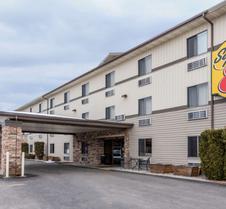 卡利斯佩尔冰川国家公园速8酒店