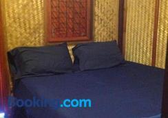 纽哈特简易别墅酒店 - 苏梅岛 - 睡房
