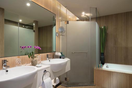 曼谷兰开斯特酒店 - 曼谷 - 浴室