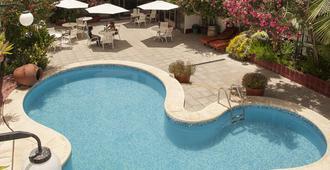 卡罗洛酒店 - 门多萨 - 游泳池