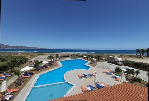 阿克缇克拉里酒店 - 伊拉克里翁 - 游泳池