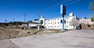 鲁伊多索6号汽车旅馆 - 鲁伊多索 - 建筑