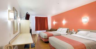 鲁伊多索6号汽车旅馆 - 鲁伊多索 - 睡房