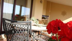 德安东尼路帕劳酒店 - 阿尔盖罗 - 露台