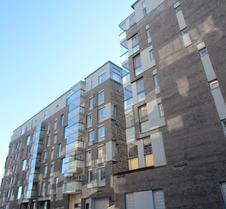 赫尔辛基贾特卡萨里 - 埃尔克图林柏金巷 1 号两居公寓酒店 - 附桑拿