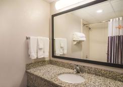 圣安吉洛会议中心拉昆塔酒店 - 圣安杰罗 - 浴室