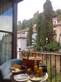 皮内达马里亚纳宫酒店 - 格拉纳达 - 阳台