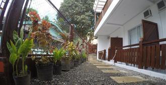 尼拉游客旅馆 - 爱妮岛 - 户外景观