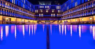 美憬阁巴黎莫利托酒店 - 巴黎 - 游泳池