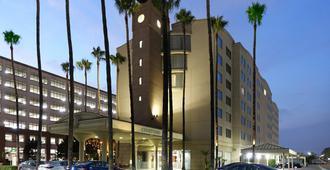 洛杉矶国际机场/世纪大道万怡酒店 - 洛杉矶