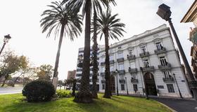 河滨旅馆 - 巴伦西亚 - 建筑