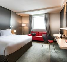 铂尔曼巴黎德芬斯度假酒店