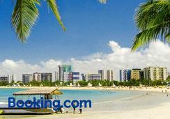 帕拉维达客栈 - 马塞约 - 海滩