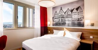 法兰克福城市会展中心阿德吉奥公寓酒店 - 法兰克福 - 睡房