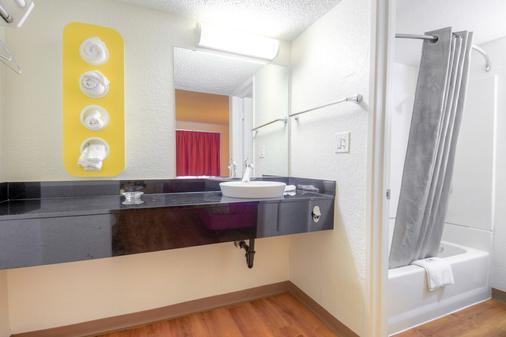 科斯塔梅萨6号汽车旅馆 - 科斯塔梅萨 - 浴室