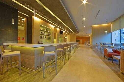 特古西加尔巴凯悦嘉轩酒店 - 特古西加尔巴 - 酒吧