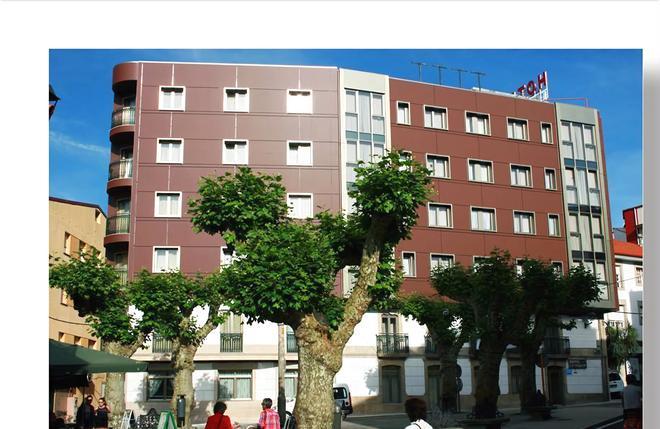 拉诺耶萨酒店 - 格罗韦 - 建筑